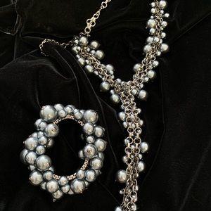 NOIR Pearlized Cluster Necklace and Bracelet